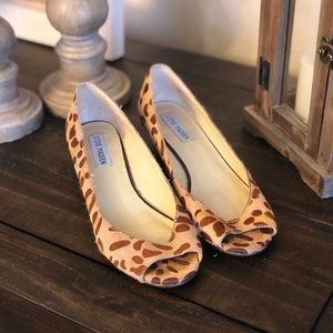 Steve Madden Cheetah Faux Fur Peep Toe Flats 6.5